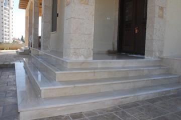 ליטוש מדרגות שיש